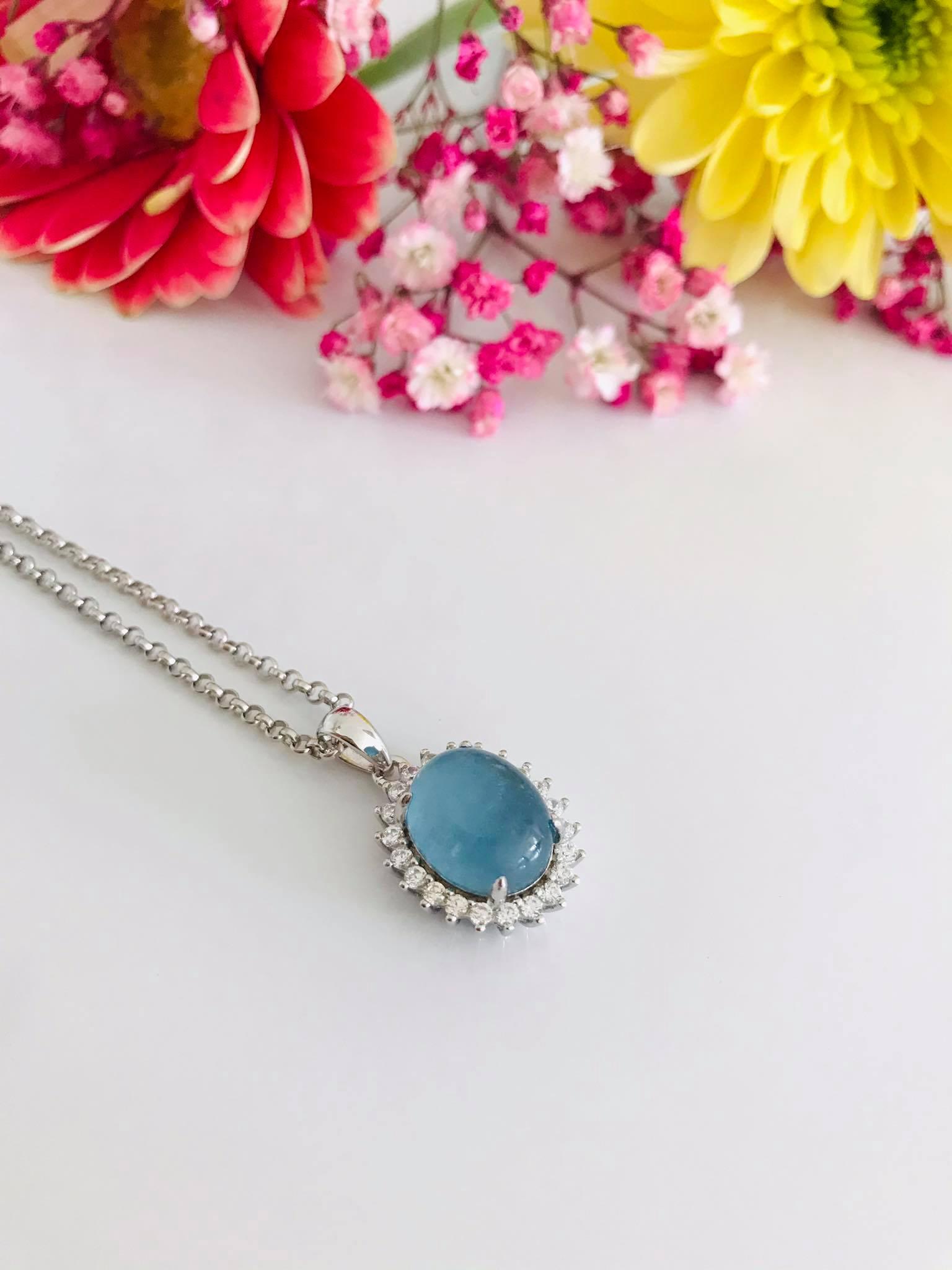 Aquamarine set in Silver Necklace Image