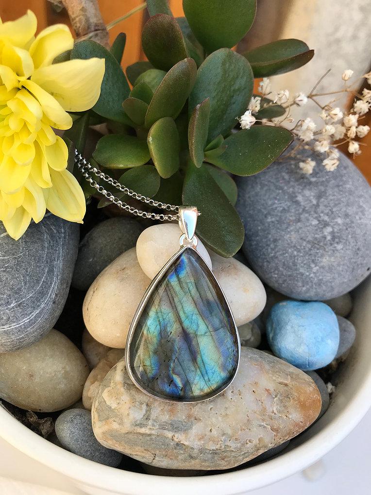 Labradorite set in Silver Necklace Image