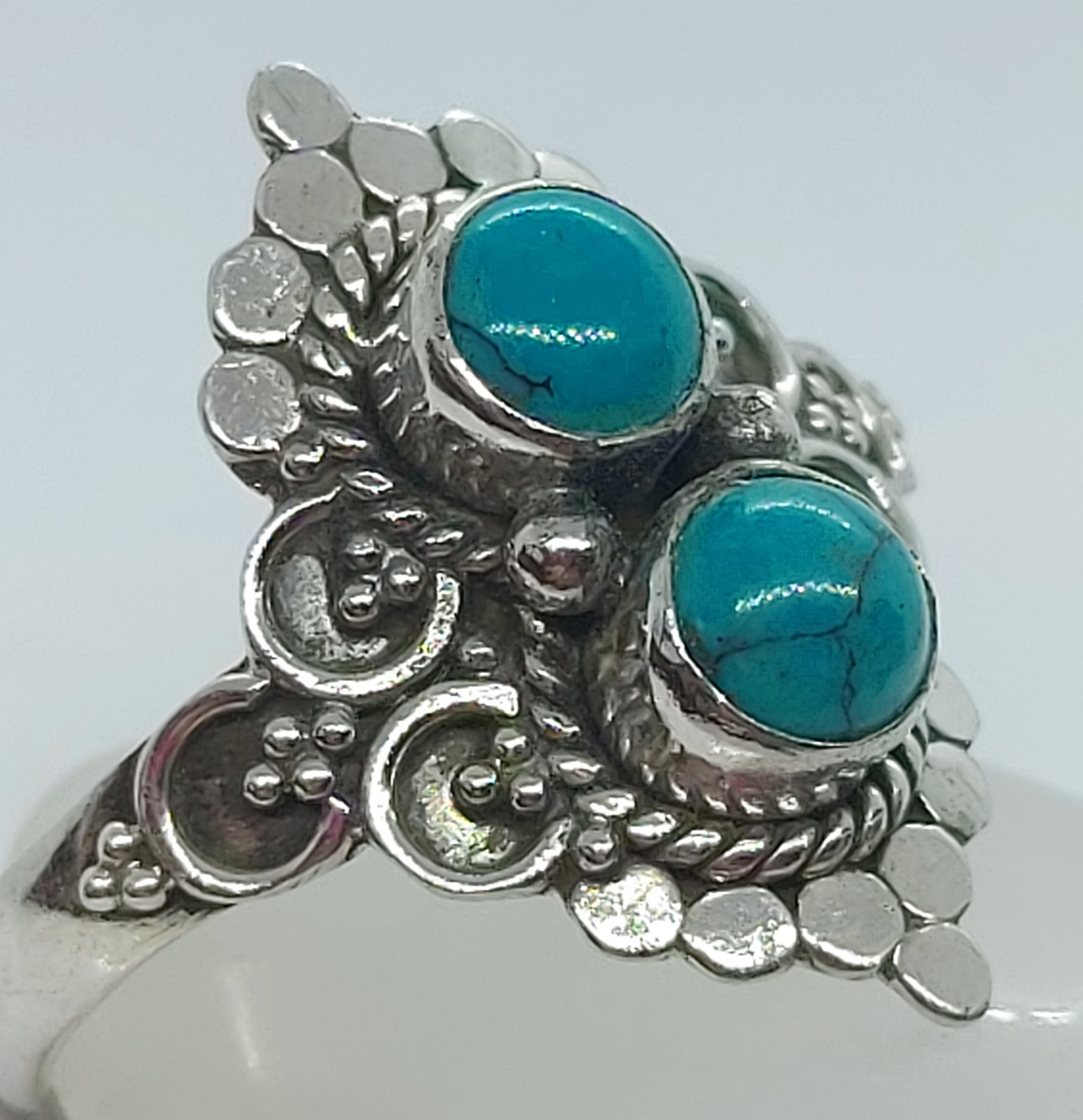 Sterling Silver Turquoise Ring size 9 Image