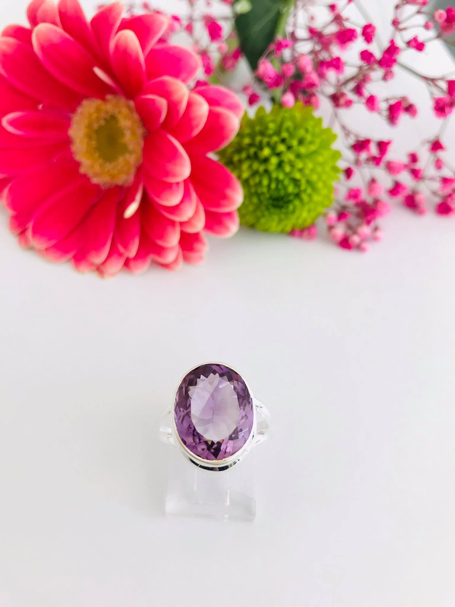 Rose De France Amethyst Silver Ring Image