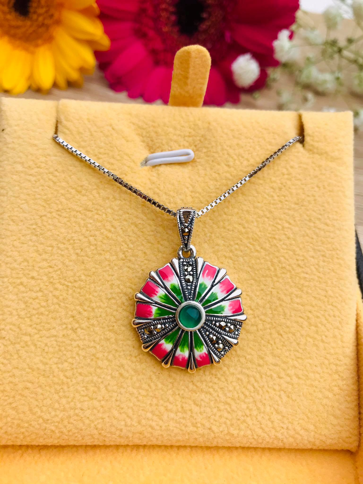 Green Onyx and Marcasite Enameled Flower Silver Necklace Image