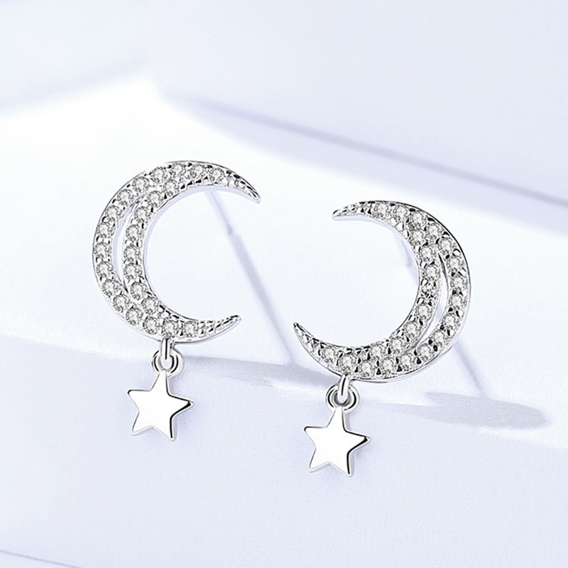 Sparkling Elegant Moon and Star  Earring  Image
