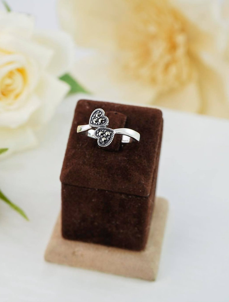 Marcasite Heart Bypass Silver Ring Image