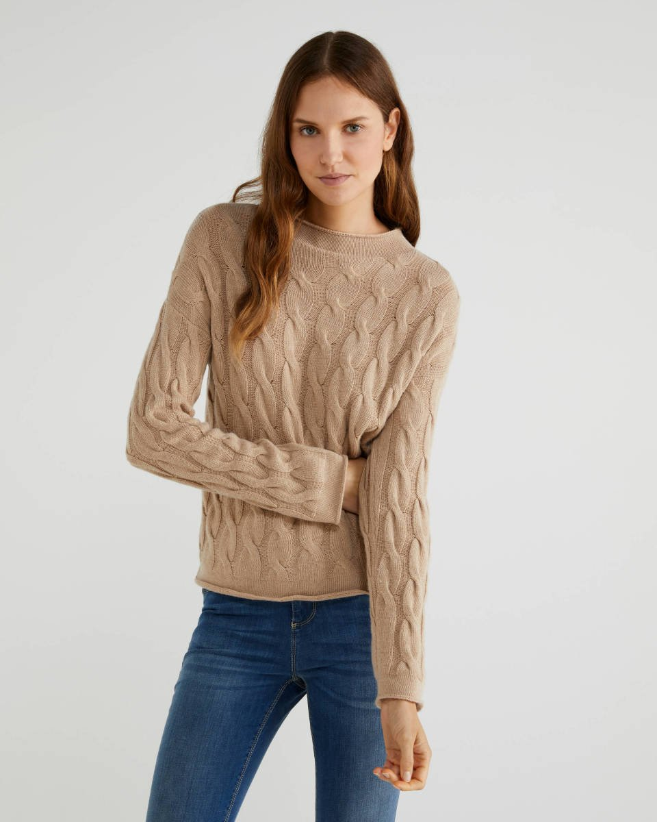 Cable knit turtleneck sweater Image
