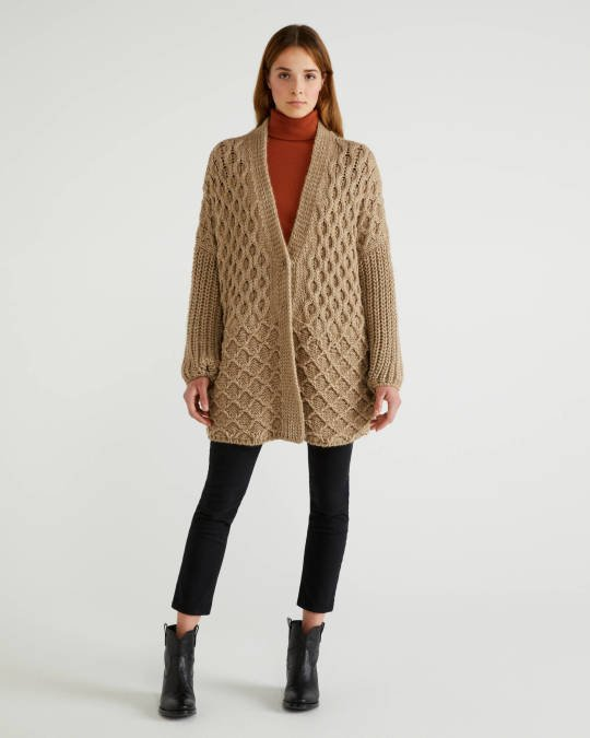 Coat in wool and alpaca Image