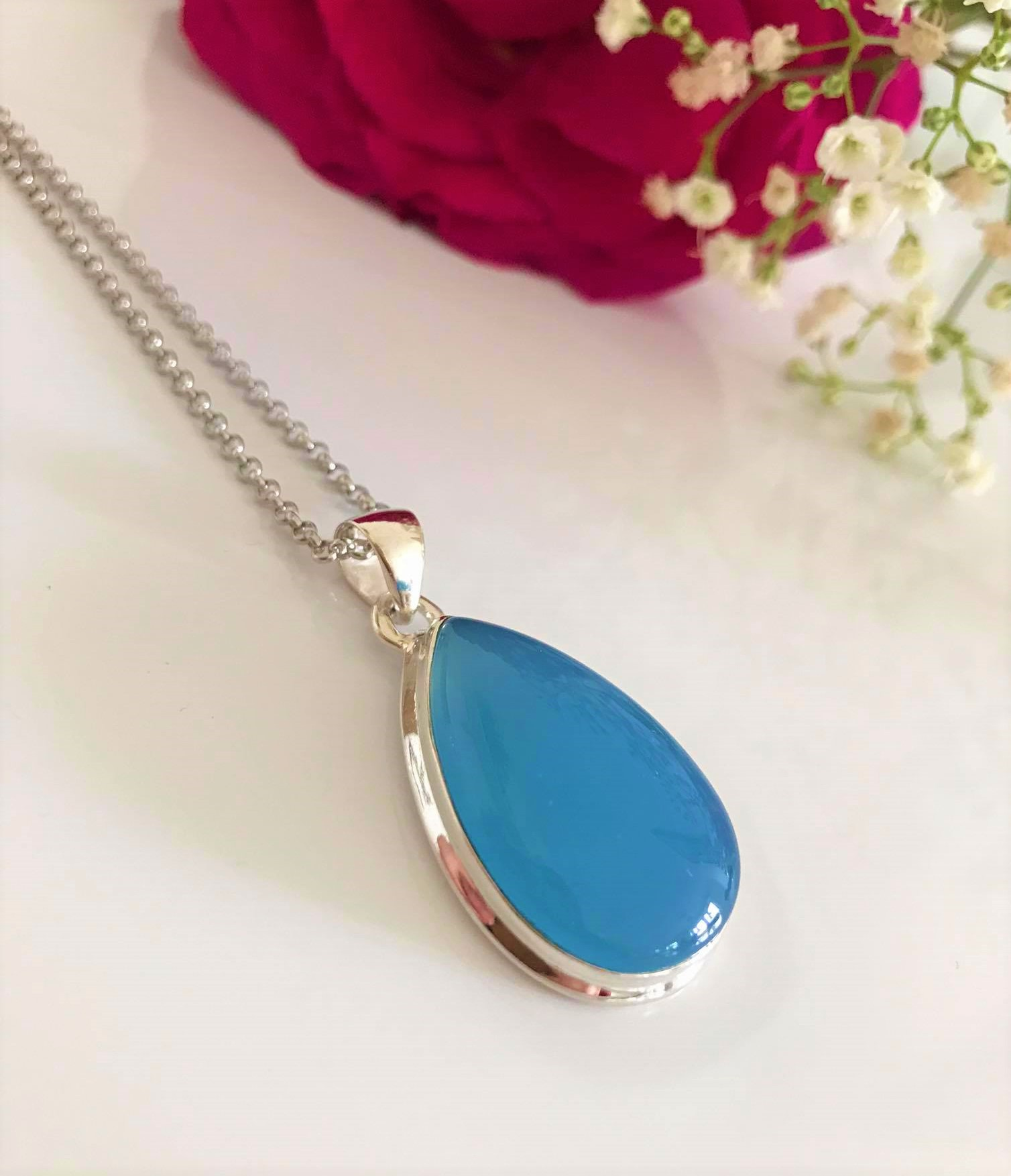 Lovely Teardrop Blue Chalcedony Sterling Silver Necklace  18 inch Chain. Image