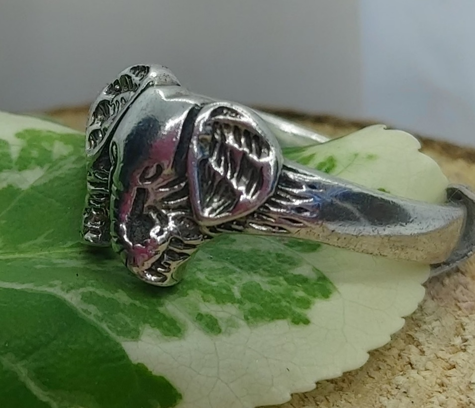 Sterling Silver Elephant Ring size 8.5 Image