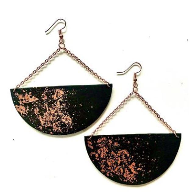 Black polymer clay earrings Image