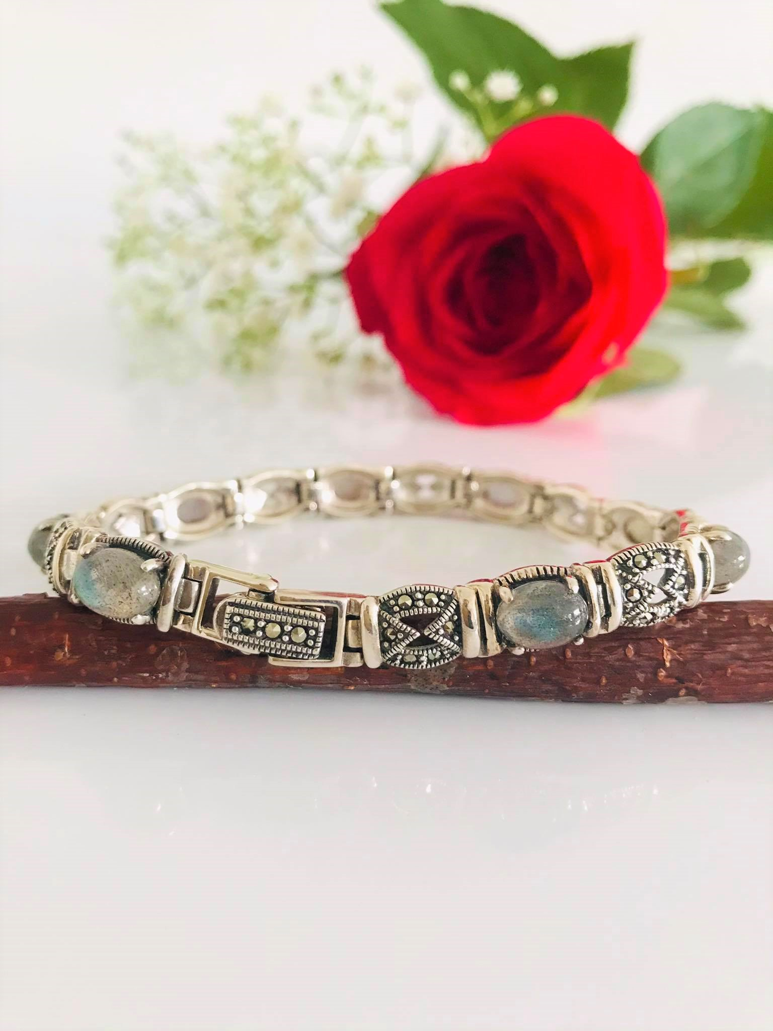 BEAUTIFUL AND UNIQUE STERLING SILVER LABRADORITE MARCASITE HALO   BRACELET/FREE SHIPPING/GIFT BOXED Image