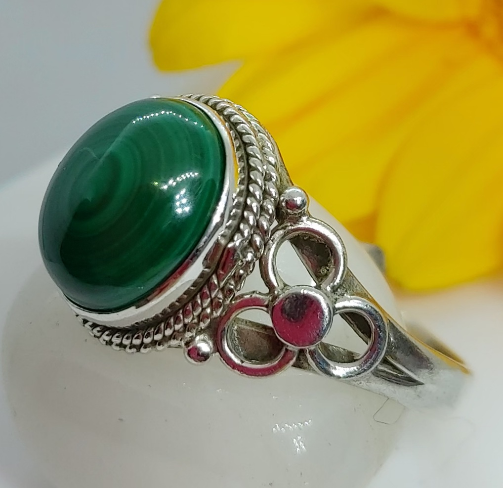 Sterling Silver Malachite Ring size 12 Image
