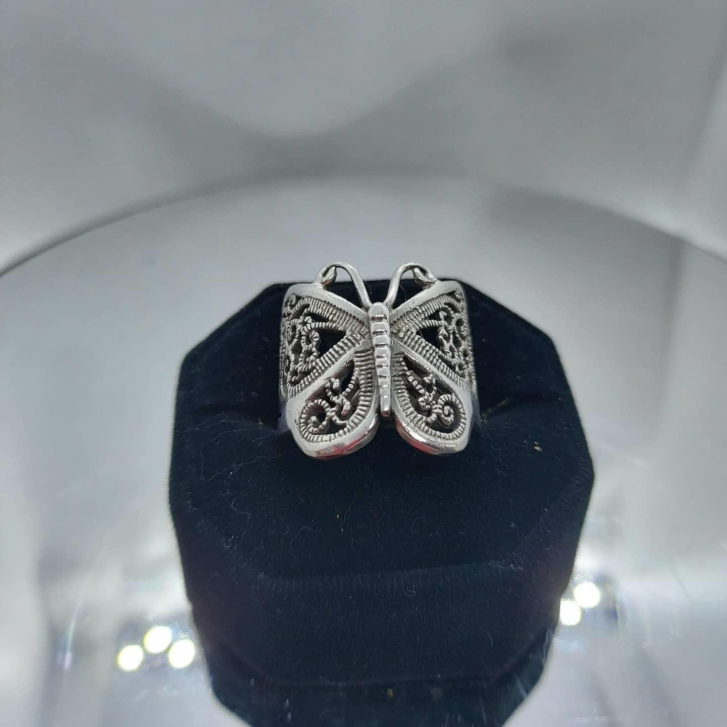 Butterfly Ring Sterling Silver size 9  Image