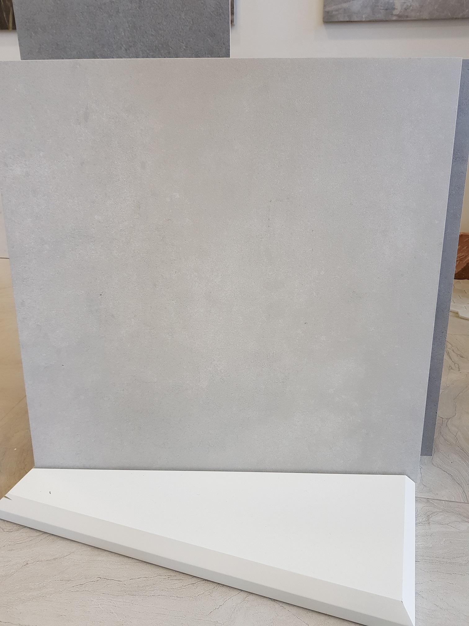 Luna Off White 60 x 60 Image