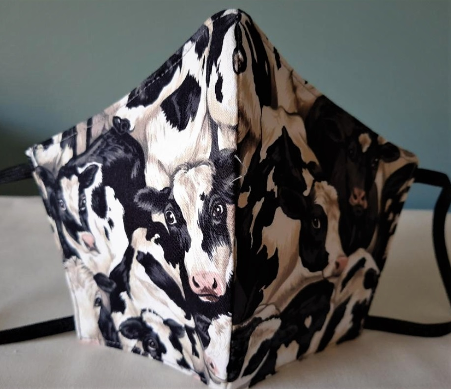 Facemask Crowded Cows (Size Male Adult) Image