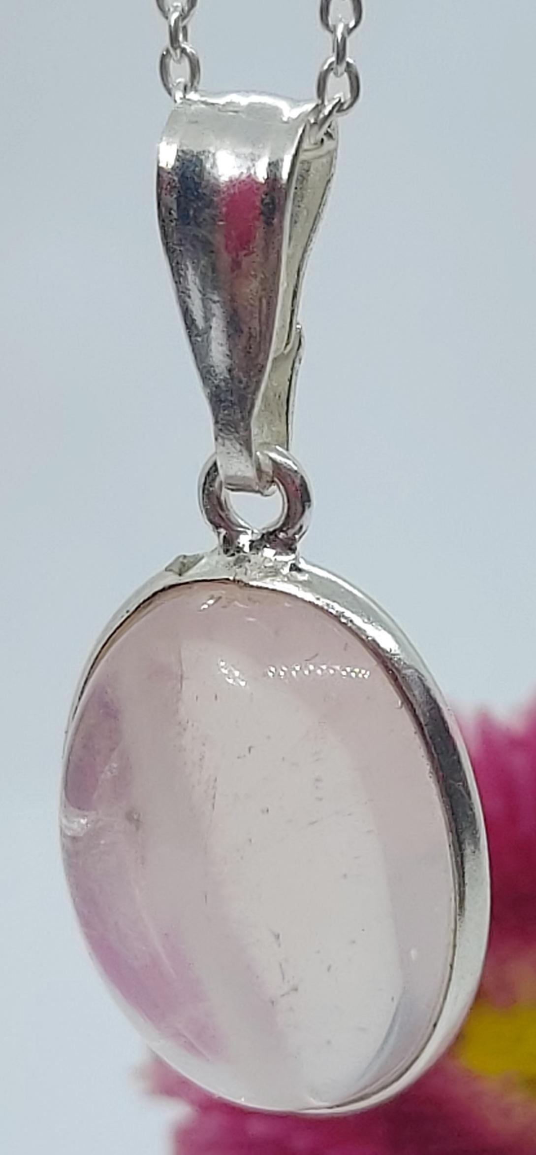 "Sterling Silver Rose Quartz Pendant 18"" chain  Image"