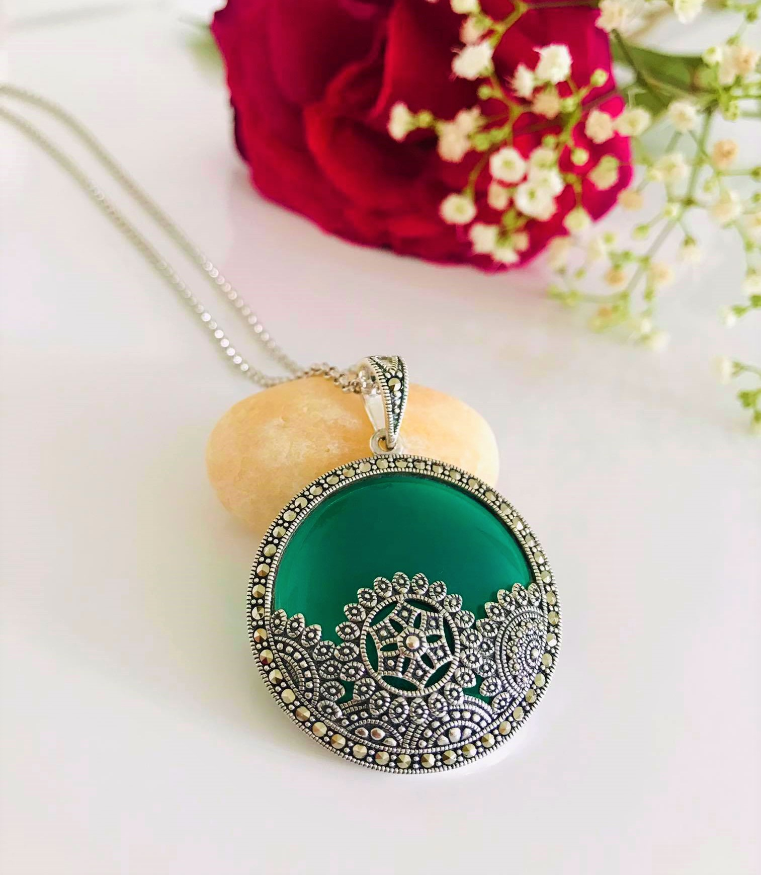 Large Stunning Round Green Onyx and Marcasite  Arabesque overlay Silver Pendant Necklace Image