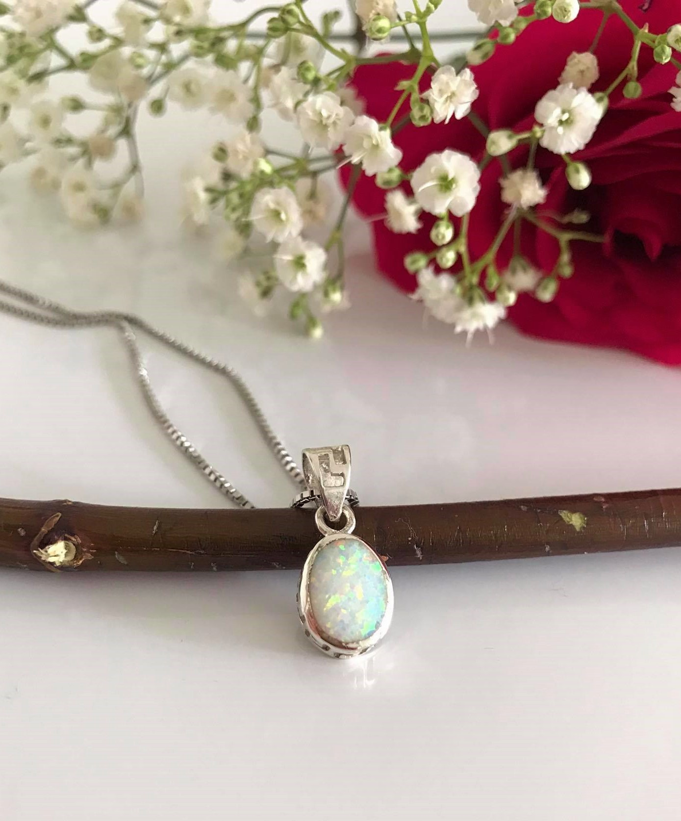 Silver Oval White  Opal Pendant and18 Inches Chain Image
