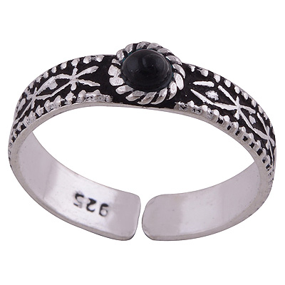 Sterling Silver Black Onyx Toe Ring  Image