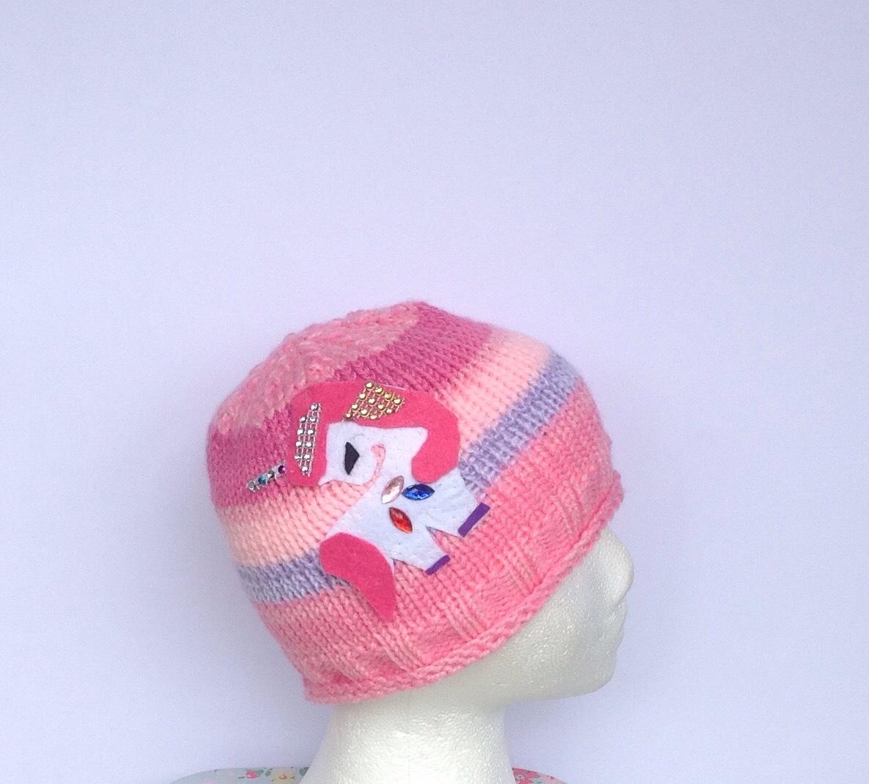 girls hat with unicron Image